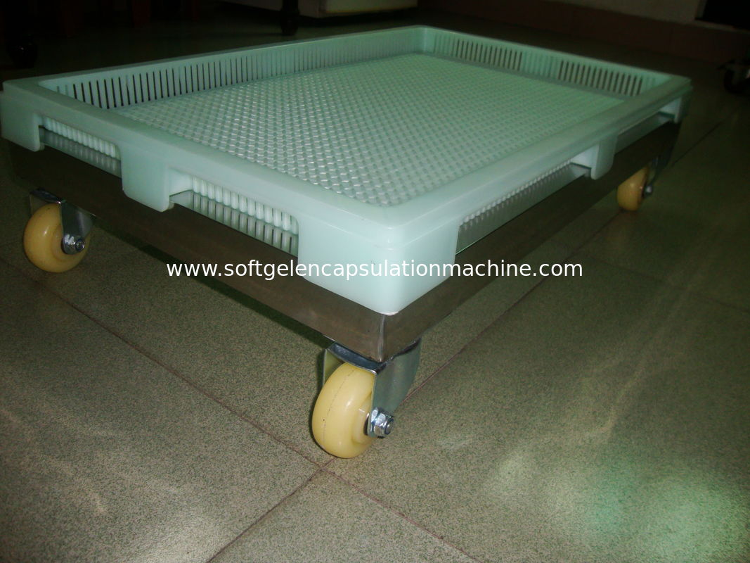 High Temprature Bearing Large Plastic Trays For Paintball / Softgel Capsule With Air Flow